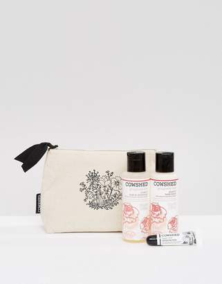 Cowshed Gorgeous Cow Blissful Essentials Gift Set