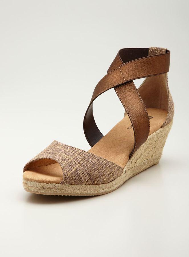White Mountain Swift wedge Peep Toe Sandal