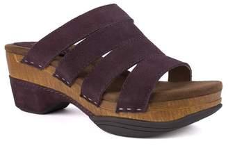 White Mountain Footwear Montana Suede Strap Clog Sandal