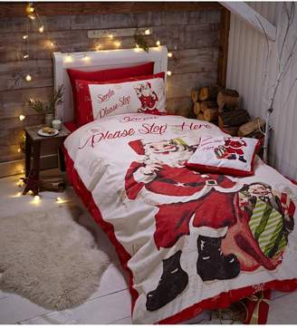 Retro duvet covers shopstyle uk at very ks catherine lansfield retro santa duvet cover set ks gumiabroncs Image collections