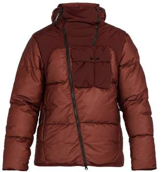 C.P. Company Goggle Lens Quilted Down Jacket - Mens - Red