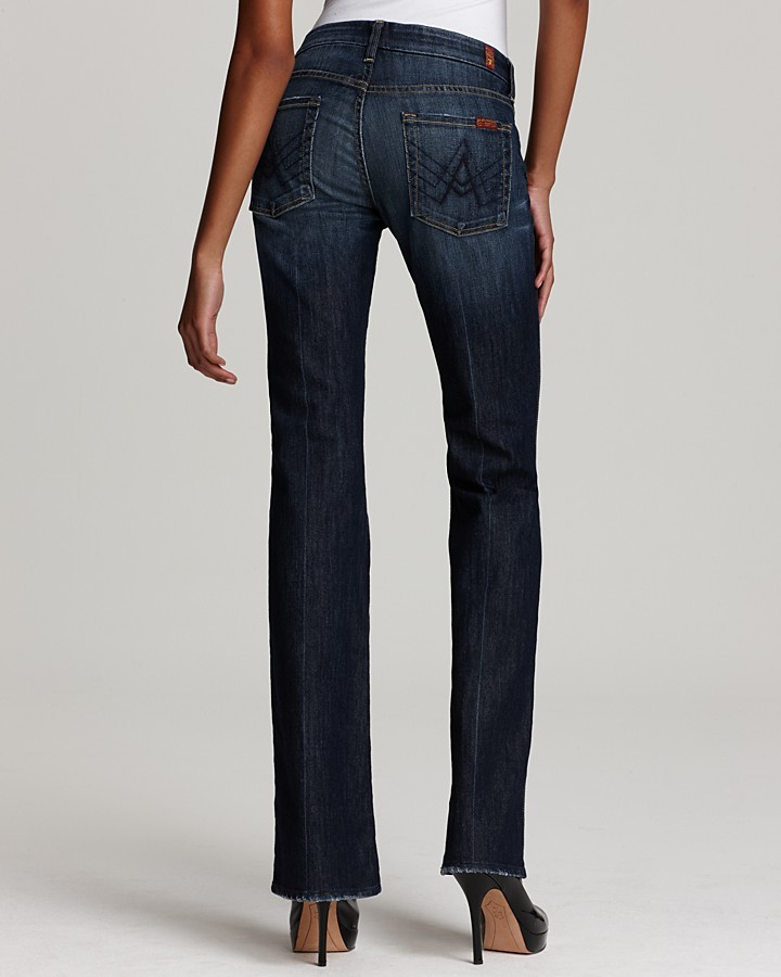 7 For All Mankind Petite Jeans - A Pocket Flare Jeans in Nouveau New York Dark Wash