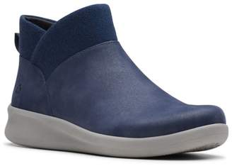 Clarks Cloudsteppers By Sillian 2.0 Dusk Bootie