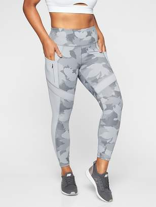 Athleta All In Camo 7/8 Tight