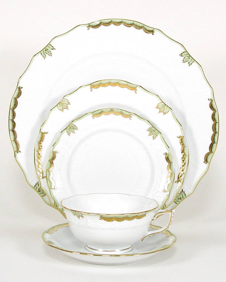 "Herend Princess Victoria"" Dinnerware"