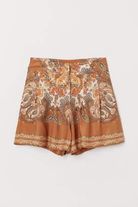 H&M Lyocell-blend shorts
