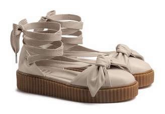 Bow Creeper Sandals
