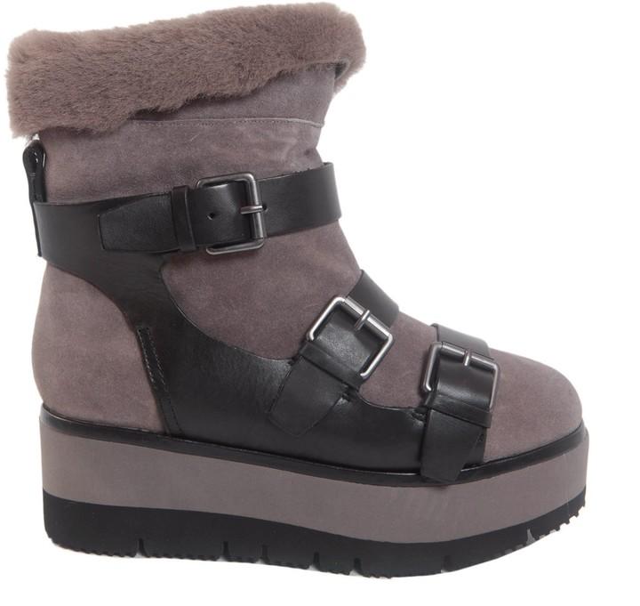 AshZazie Boots