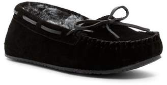 40810d9b52c Minnetonka Junior Trapper II Faux Fur Lined Moccasin