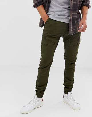 Chasin' cargo pants green