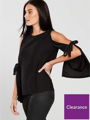 Very Split Sleeve Bow Top - Black