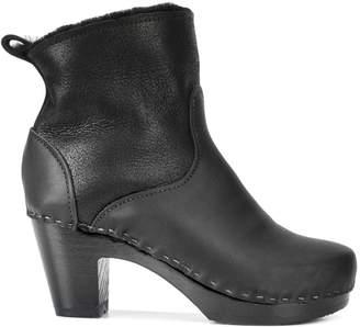 No.6 stitch detail boots