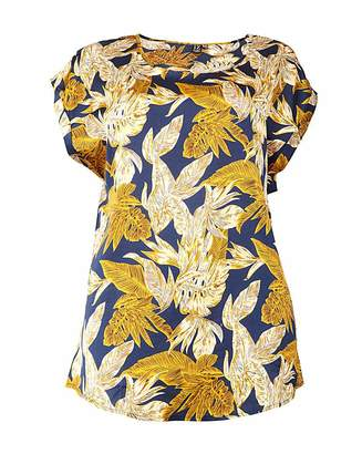 Izabel London Curve Floral Print T-Shirt