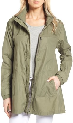 Women's The North Face Flychute Windbreaker Jacket $99 thestylecure.com