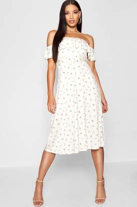 87208700fb96 boohoo White Belted Dresses - ShopStyle Canada