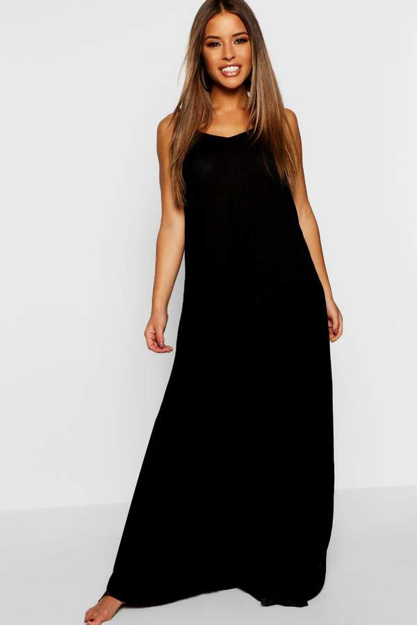 boohoo Petite Sarah V Back Cheesecloth Beach Maxi Dress