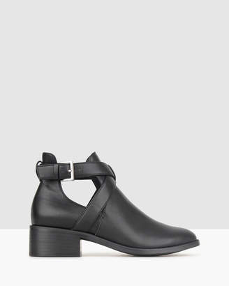 betts Darcy Cut Out Buckle Ankle Boots