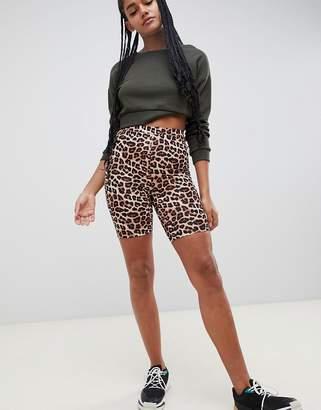 Asos Design DESIGN legging short in leopard print
