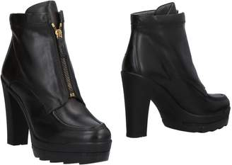 Alberto Guardiani Ankle boots - Item 11493157TS