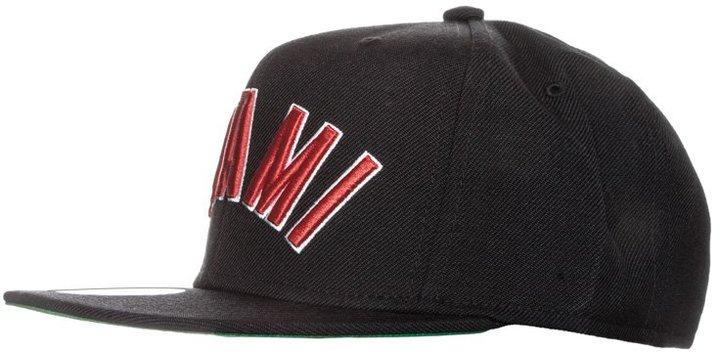 Mitchell & Ness MIAMI HEAT Cap black