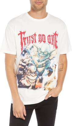 Eleven Paris ELEVENPARIS Trust No One Graphic T-Shirt
