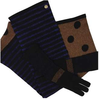 Marc by Marc Jacobs Gloves and scarf