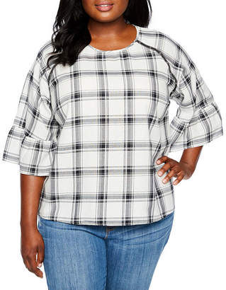 Boutique + + Grommet Detail Woven Plaid Blouse - Plus