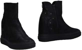 Ruco Line Ankle boots - Item 11478611BN