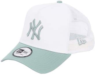 New Era New York League Essential Trucker Hat
