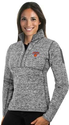 Antigua Women's New York Knicks Fortune Pullover