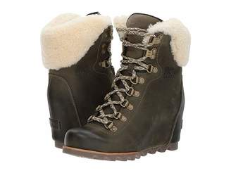 Sorel Conquest Wedge Shearling Women's Waterproof Boots