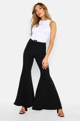 boohoo Super Flare Belted Trouser