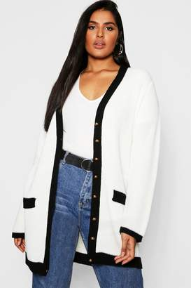 boohoo Plus Contrast Knit Gold Button Cardigan