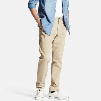 Men's Flat Front Slim-Fit Chino Pants $39.90 thestylecure.com