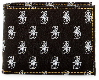 Dooney & Bourke Mariners Credit Card Billfold $68 thestylecure.com
