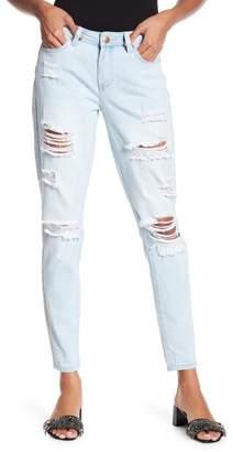 YMI Jeanswear Outerwear Dream Jean Mid Rise Skinny Denim