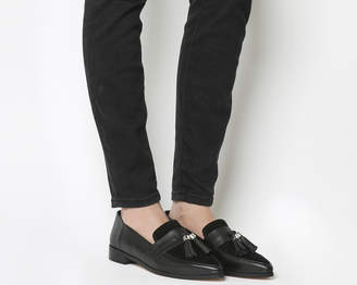 Office Fascination Point Tassel Loafers