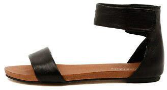 Django & Juliette New Juzz Black Womens Shoes Casual Sandals Sandals Flat