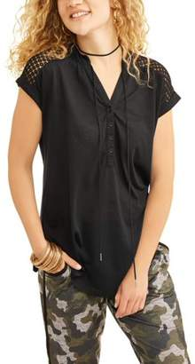 No Boundaries Juniors' Cap Sleeve Henley Tunic with Lace Yoke