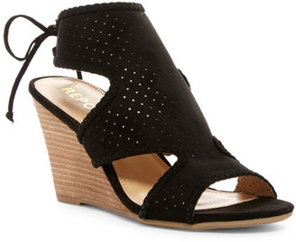 Report Serina Wedge Sandal $60 thestylecure.com