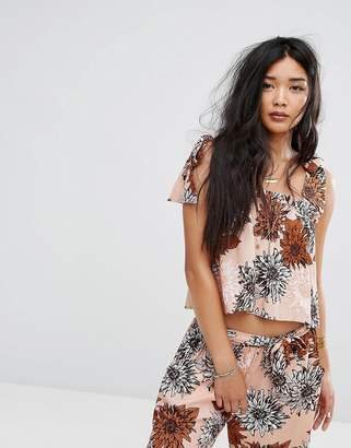 Missguided Retro Floral Tie Shoulder Top
