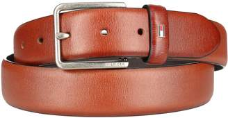 Tommy Hilfiger Men's Smooth Feather Edge Leather Belt
