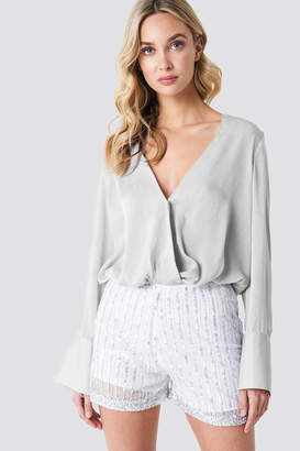 Na Kd Trend Wrap Satin Top