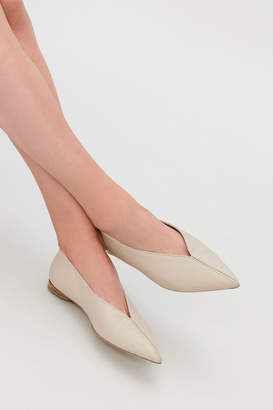 Cos POINTED FLATS WITH PIPING