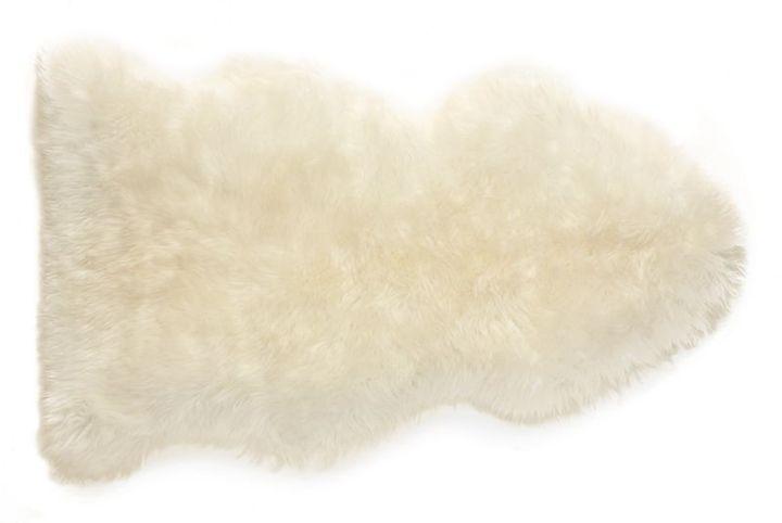 Sheepskin 2\'x3\' Rug in Ivory