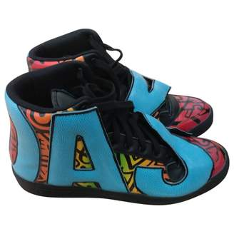 sports shoes 59c79 00678 ... Jeremy Scott Pour Adidas Patent Leather High Trainers