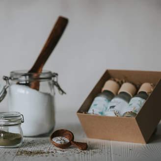 The Natural Beauty Pot Aromatherapy Bath Salts Gift Set Unisex