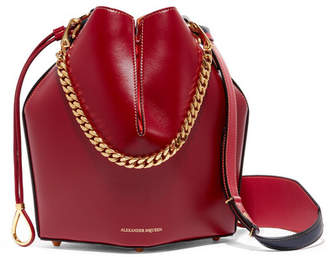 Alexander McQueen Paneled Leather Bucket Bag - Red