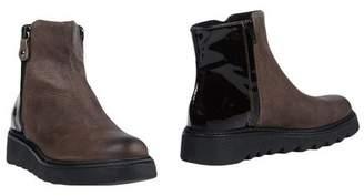 Manufacture D'essai Ankle boots