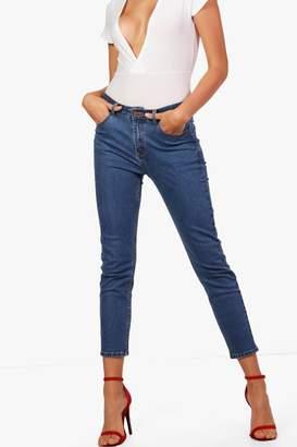boohoo Nancy Mid Rise Straight Leg Jeans